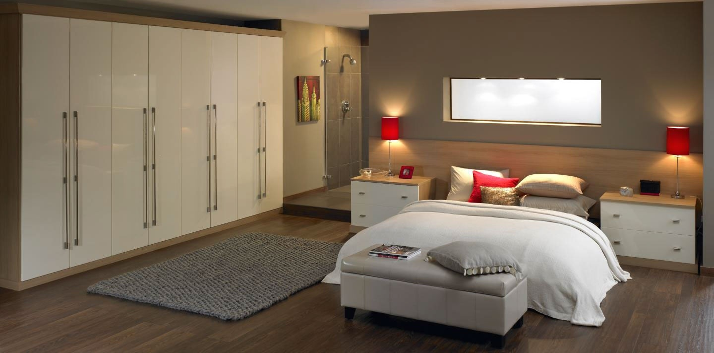 Fitted wardrobes can create your dream bedroom tierney - Beautiful bedroom built in cupboards ...